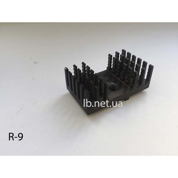 Радиатор 30 х 17 х 10 мм (R-9) б/у