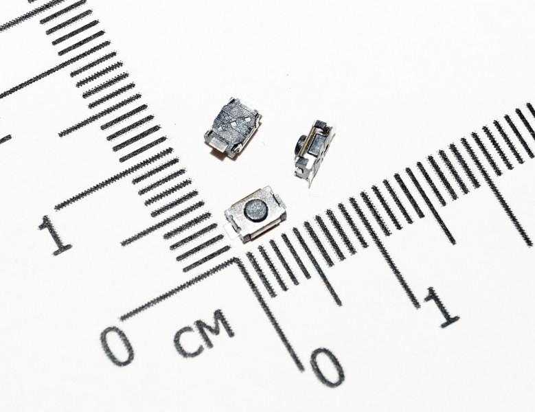 Тактовая кнопка 3 х 4 х 2.5 мм