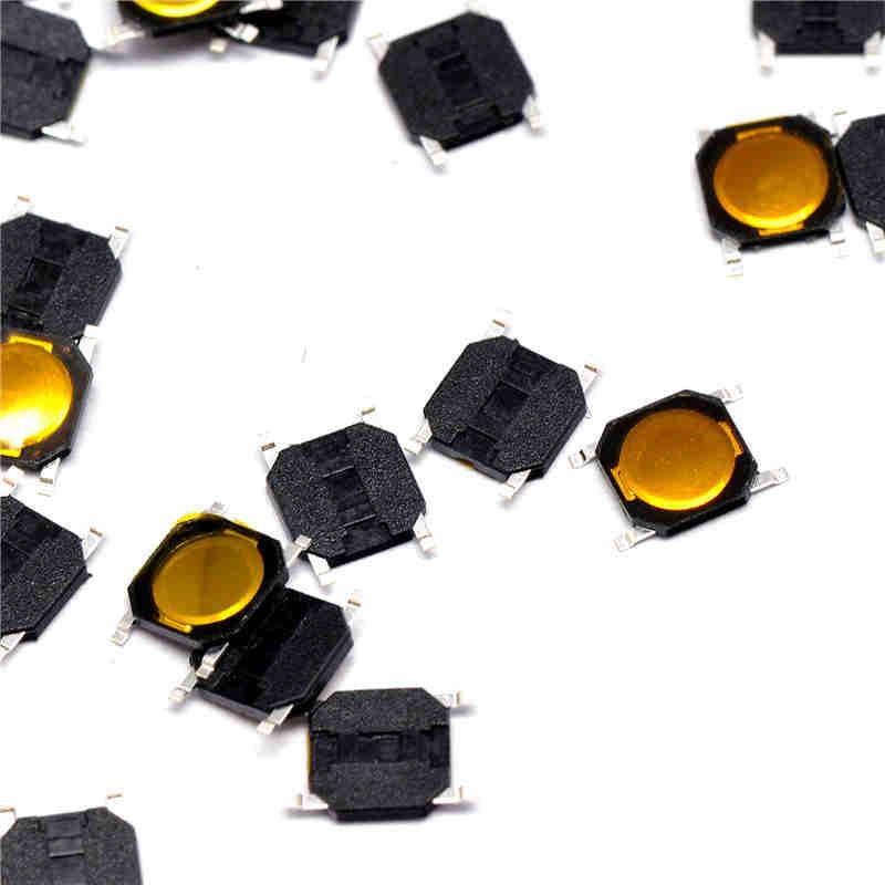 Тактовая кнопка 4 х 4 х 0.8 мм, SMD